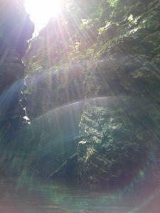 Stretti di Giaredo, giochi di luce sopra la seconda pozza