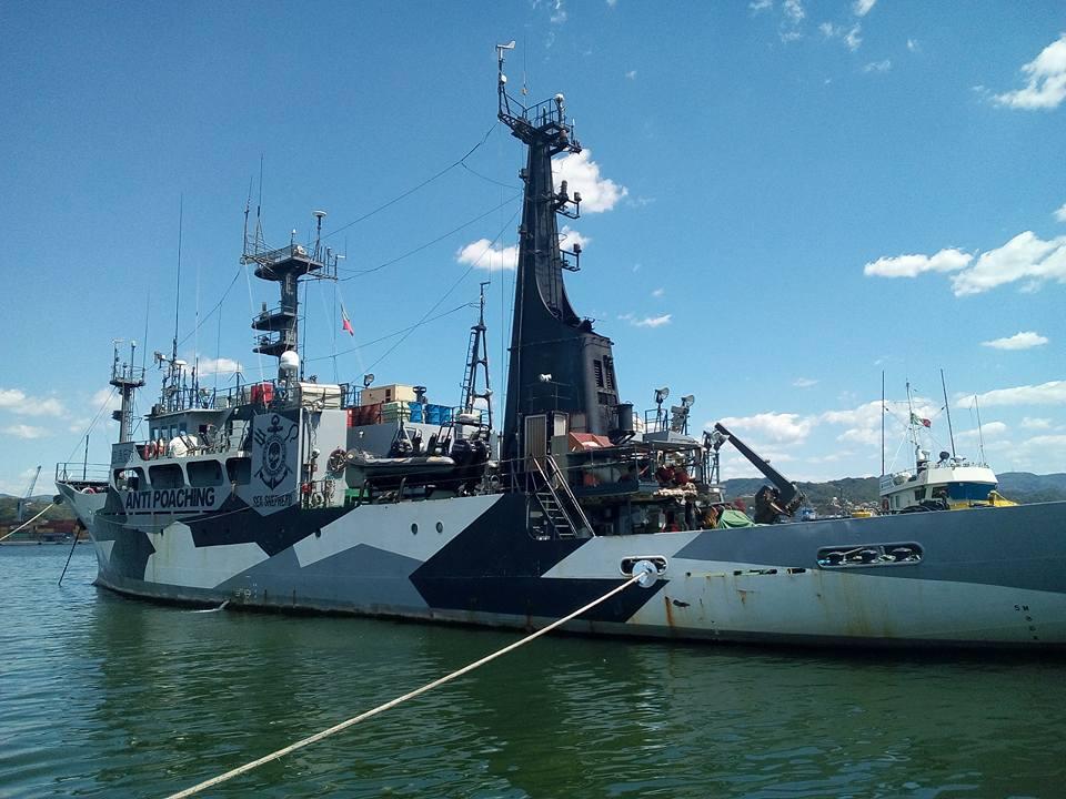 Sea Sherpherd, la Sam Simon ancorata a La Spezia