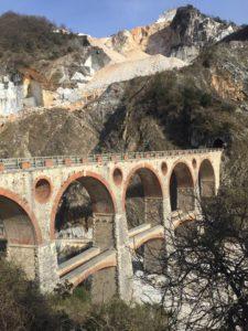 come visitare le cave di Carrara, Ponti di Vara