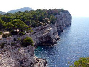 Le isole più belle della Croazia, le scogliere di Dugi Otok
