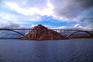 Le isole più belle della Croazia, Il ponte di Krk