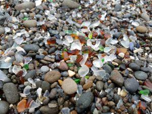 Le spiagge più strane del mondo, Glass Beach California