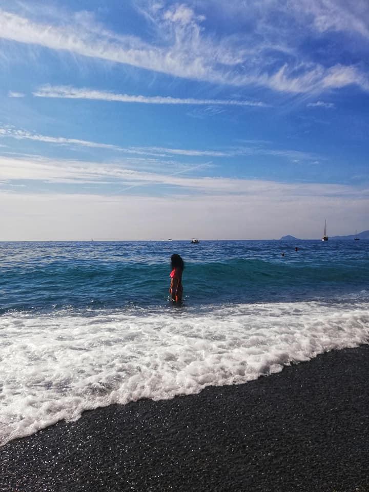 Punta Corvo, scorci della spiaggia