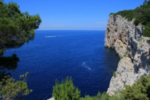 Croazia informazioni utili. Scogliera