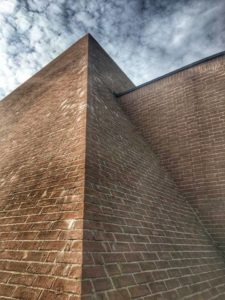 Labirinto della Masone, piramide