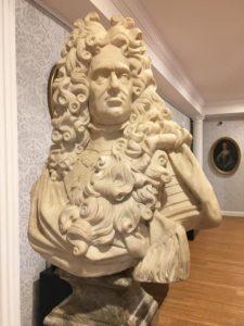 Mostra di Franco Maria Ricci, busto