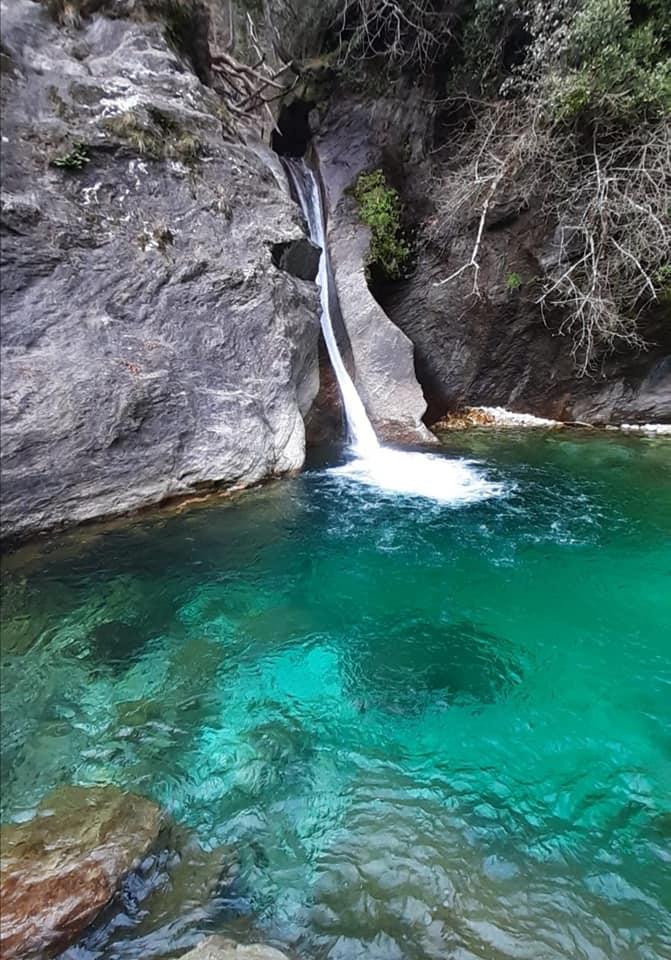 lo spettacolare scivolo naturale delle cascate di Malbacco
