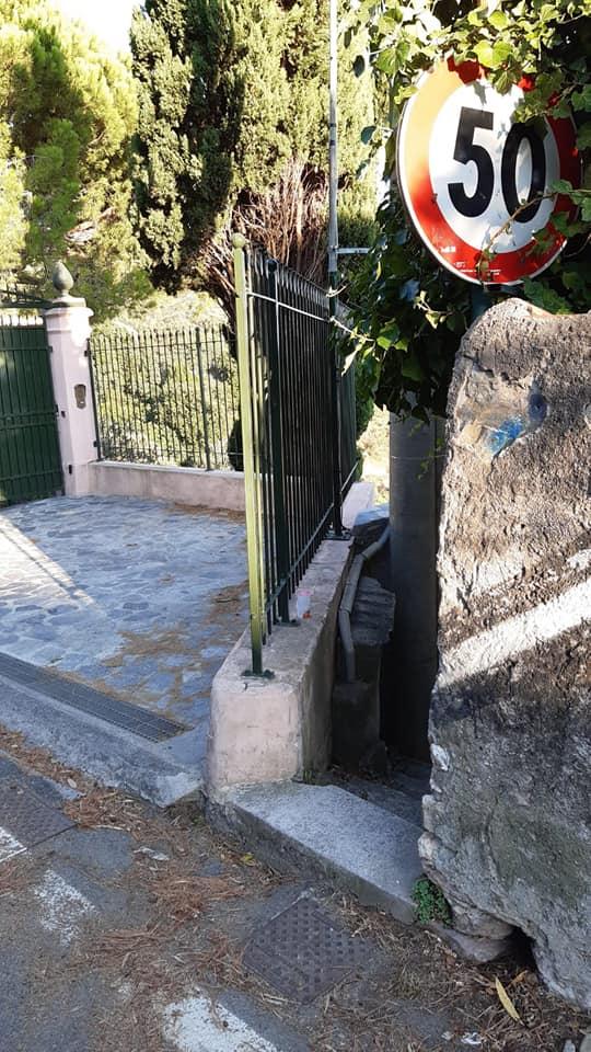 Accesso scalinata Caletta di Lerici