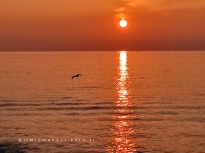 Frasi sul tramonto, tramonto sul mare