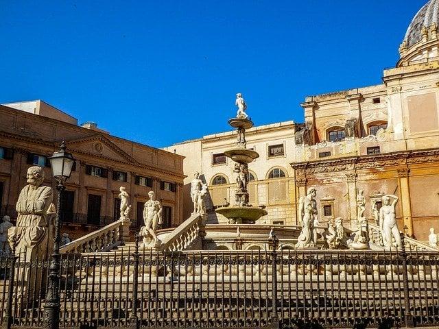 Piazze più belle d'Italia, Piazza Pretoria Palermo