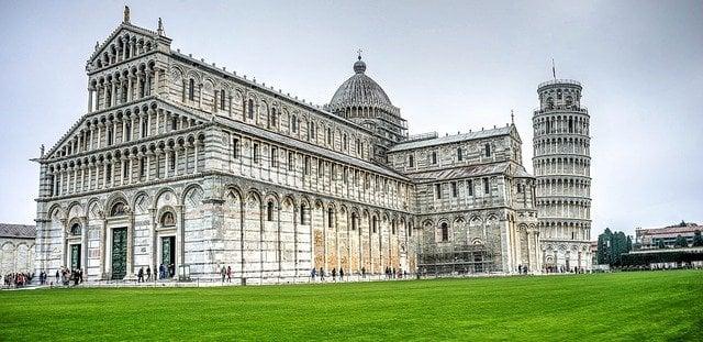 Cosa vedere in Toscana, Pisa Piazza dei Miracoli