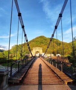 Ponte delle Catene. provincia di Lucca