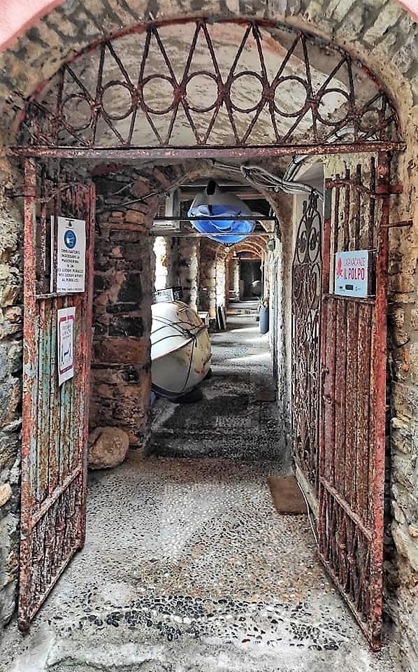 Ingresso galleria di sotto-ria, Tellaro