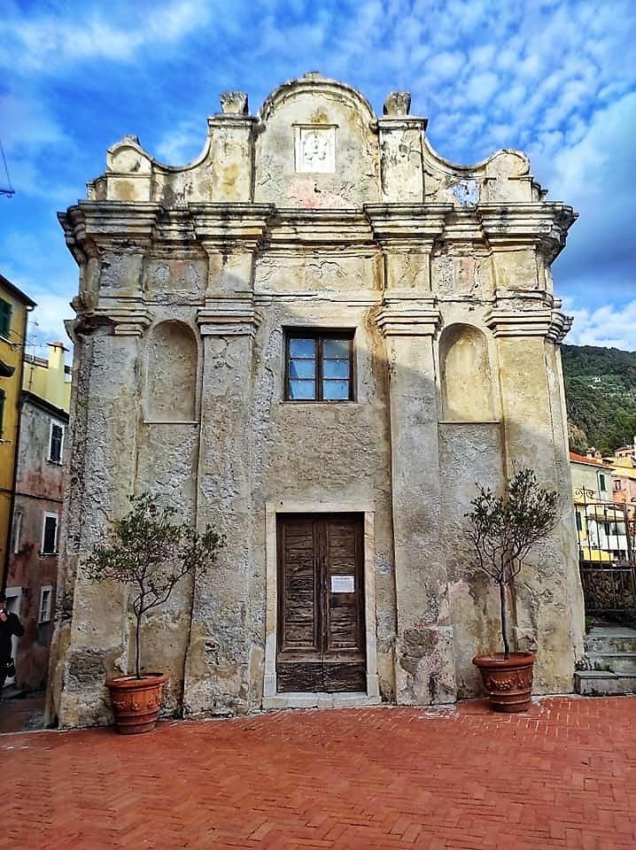 Tellaro, chiesa oratorio di Santa MAria Assuntaa